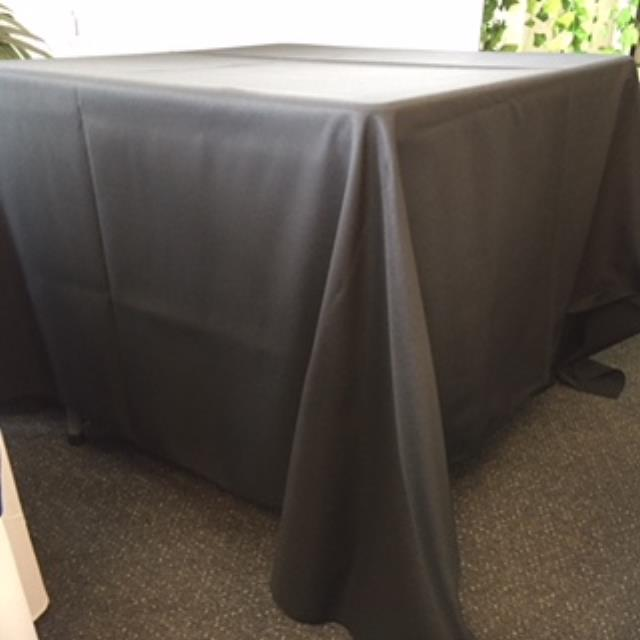 Where to rent 90  Square Black Linen in Haslett, Okemos, East Lansing and Greater Lansing