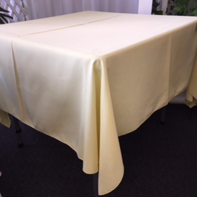 Where to rent 70  Square Pale Yellow linen in Haslett, Okemos, East Lansing and Greater Lansing